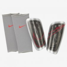 Футбольні щитки Nike Mercurial Lite SP2120-095