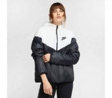 Куртка жіноча Nike Sportswear Synthetic-Fill Windrunner Jaqueta - Dona CJ2263-103