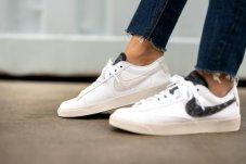 Кросівки жіночі Nike Blazer Low SE Women's Shoe DA4934-100