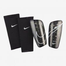 Футбольні щитки Nike Mercurial Lite SP2120-013