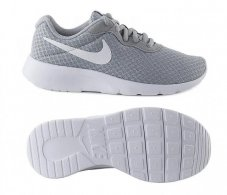 Кросівки дитячі Nike Tanjun 818382-012