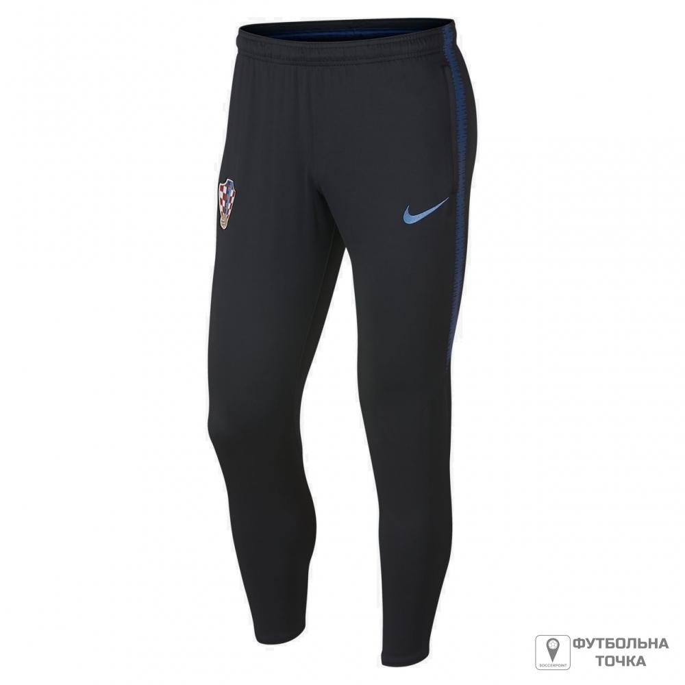 Fit croatian football babe teasing in uniform - 5 9