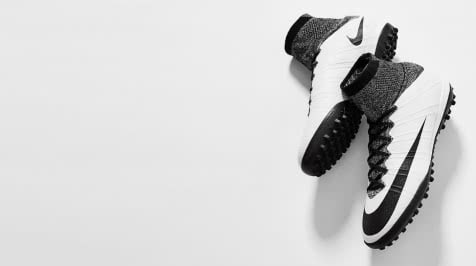 Футбольне взуття. Купити взуття для футболу d69ad586d0e3a