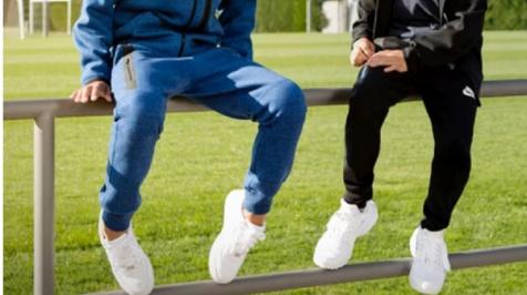 Кросівки повсякденні